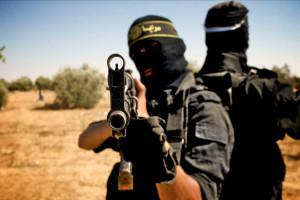 """Lo Stato Islamico avanza verso Occidente e mette a rischio il bacino del Mediterraneo e l'intera Europa. Nel scontro di civiltà in atto, il rischio è che nel timore di non essere etichettati come """"novelli Crociati"""", i Paesi Occidentali non reagiscano in tempo al pericolo proveniente dal Medio Oriente e dal Nord Africa."""