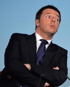 Il Presidente del Consiglio, Matteo Renzi, messa da